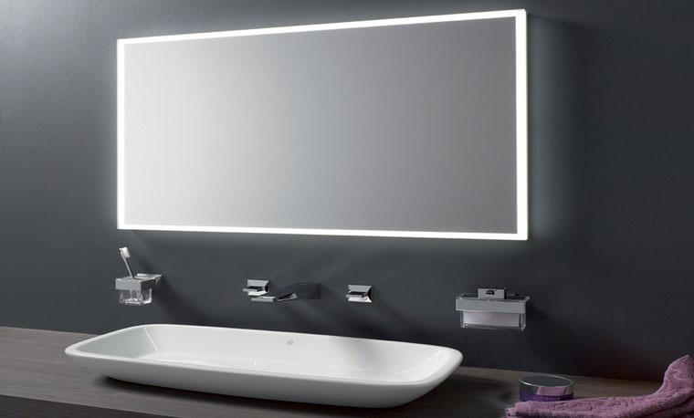 EMCO LED SPIEGELS VOOR DE BADKAMER