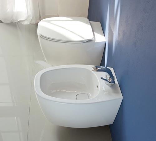 Ideal standard dea een nieuwe badkamerserie ontworpen door dick powell for Wc ontwikkeling