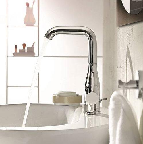 Grohe essence een minimalistische kraan voor elke badkamer for Badkamer kraan